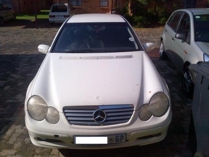 2004 Mercedes Benz C230 Kompressor Coupe