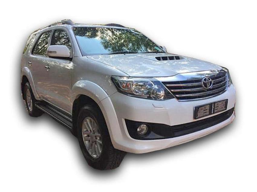 2013 White Toyota Fortuner 2013 3.0 D4D 4x2